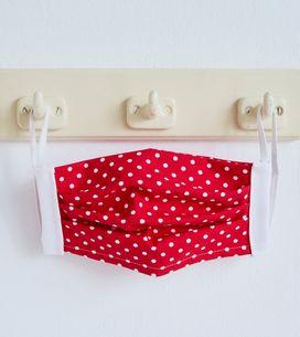 Faire un masque en tissu lavable : le tuto officiel !
