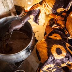 Au Mali, des femmes sont gavées de force pour des standards de beauté