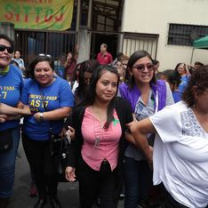 Condamnée pour homicide après une fausse couche, Evelyn Hernández est acquittée définitivement