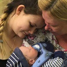 Cette mère de famille de 49 ans a porté le bébé de sa fille et de son beau-fils
