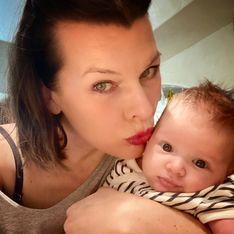 Milla Jovovich : sa fille de 4 mois prend déjà des selfies (et elle est adorable !)