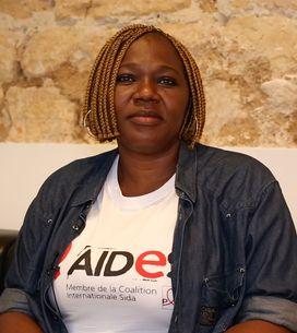 Comment AIDES soutient les personnes séropositives en France depuis 1984