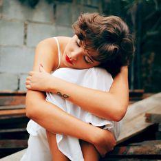 Nicht drüber weg: Diese 4 Sternzeichen hängen noch an ihrem Ex