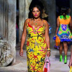 Versace fait défiler, pour la première fois, trois mannequins grande taille