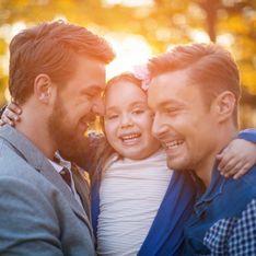 Une étude révèle que les parents de même sexe élèvent des enfants plus heureux