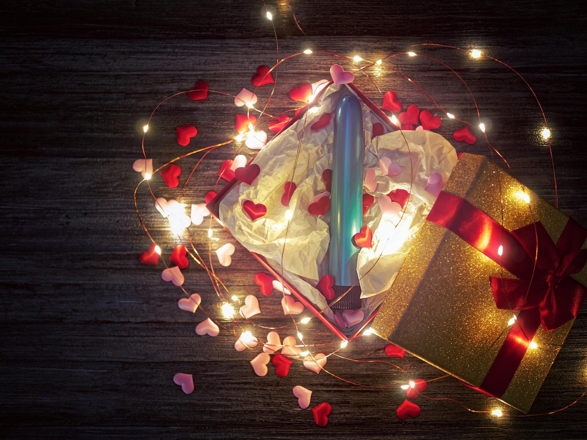 Couvre-feu en couple : top 30 des cadeaux les plus coquins !
