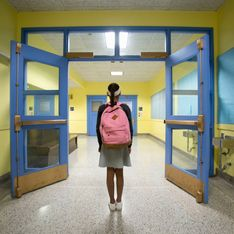 Austisme : une élève de 12 ans reste coincée douze heures dans les toilettes de son collège