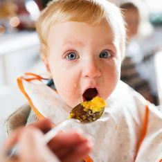 Svezzamento del neonato: a quanti mesi, con quali alimenti e come iniziare a svezzare i bambini