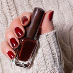 Vernis bordeaux : le vernis à ongles rouge foncé idéal pour l'hiver