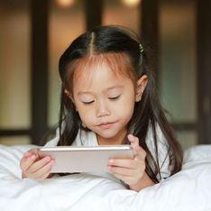 10 signes qui montrent que votre enfant est accro à son téléphone