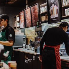 J'ai encore jeté 90 kilos de nourriture la semaine dernière : un employé de Starbucks témoigne d'un gaspillage effrayant