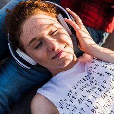 Frasi d'amore tratte da canzoni: i migliori versi romantici in musica