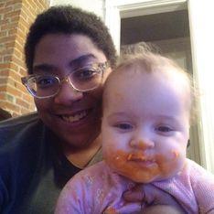 Je suis noire, mais mon bébé est blanc, voilà ce à quoi je suis confrontée