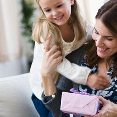 Buon compleanno mamma: i migliori auguri da dedicare nel suo giorno speciale