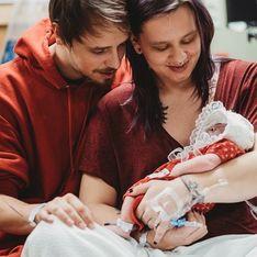 """Incroyable, on l'a eu une semaine entière"""" : ce bébé est venu au monde pour sauver d'autres enfants"""