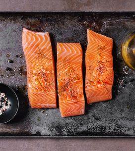 4 erreurs à ne pas reproduire lorsqu'on cuit du saumon