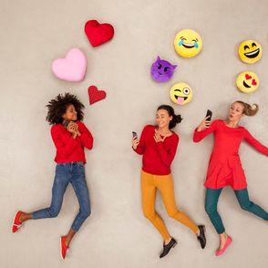 Cuore nero significato: cosa vuol dire se sullo smartphone ti arriva l'emoji con un cuoricino di colore nero?