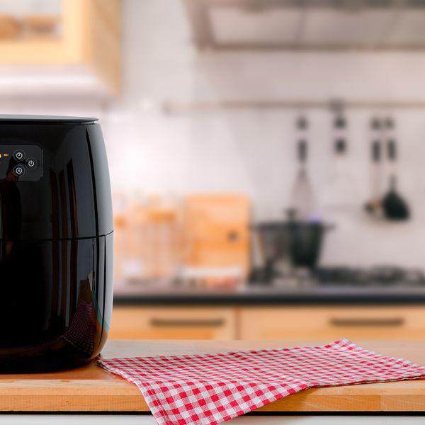Soldes Téfal : machines à pain, friteuses, set de casseroles, les meilleures offres à saisir !