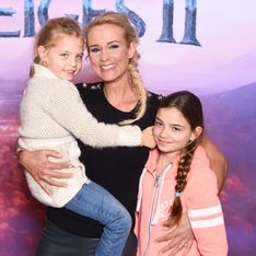 Elodie Gossuin critiquée parce qu'elle travaille alors qu'elle est maman, elle réplique