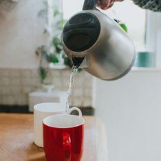 Bere acqua calda: scopri tutti i benefici di farlo ogni giorno
