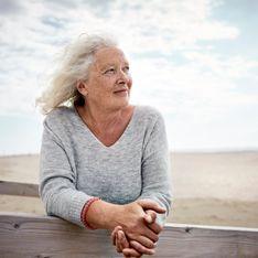 Une femme de 85 ans fait don de ses cheveux pour la bonne cause, ils sont refusés car gris