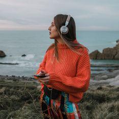 Auf die Ohren: Die 5 besten Podcasts für den Urlaub