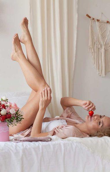 Erdbeerhaut: So verhinderst du Erdbeerbeine nach dem Rasieren