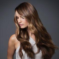 Rotstich entfernen aus den Haaren: Mit diesen Tipps klappt´s