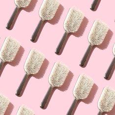 Les cheveux de votre brosse sont très utiles, ne les jetez plus !