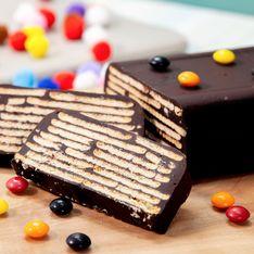 Gâteau au chocolat et biscuits sans cuisson : la recette régressive ultime