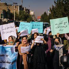 Elles affrontent les Talibans : des féministes françaises appellent à sauver les Afghanes