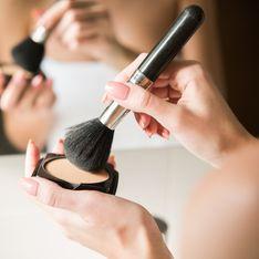 Pinpoint powdering : l'astuce pour appliquer la poudre qui fait un teint parfait