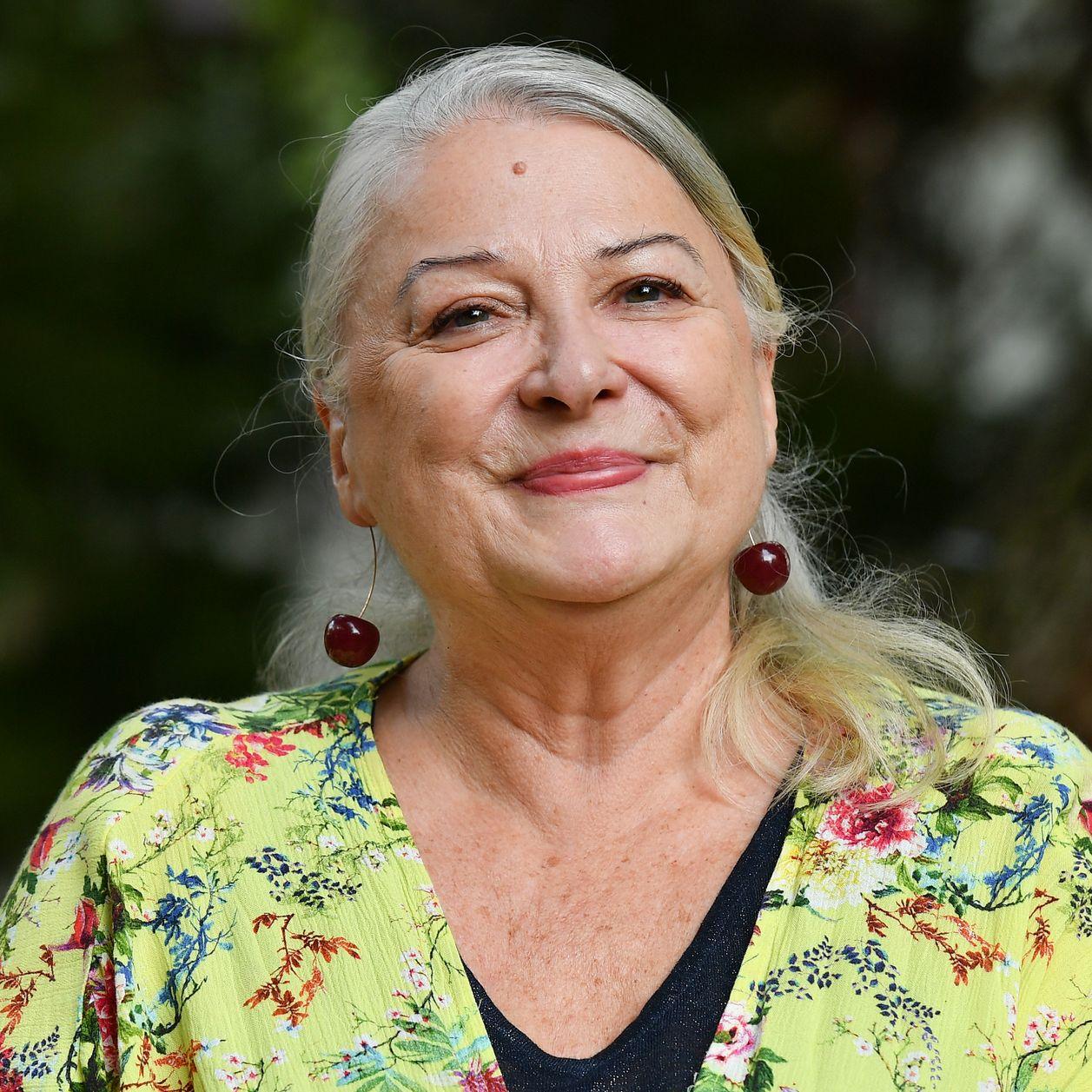 Josiane Balasko : victime de grossophobie à ses débuts, elle dénonce les propos d'une journaliste