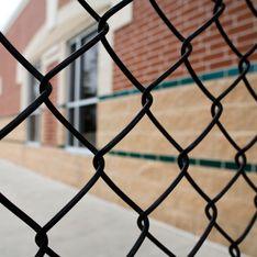 Les enfants pouvaient rester toute une journée, voire plusieurs jours, sur une chaise sans manger : les membres d'une école catholique jugés pour violences