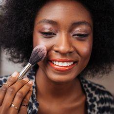 TikTok : cette poudre NYX à 9€ floute super bien les pores de la peau