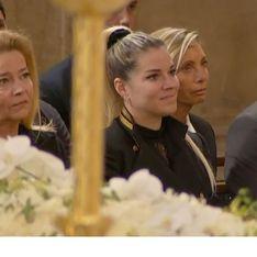 Bernard Tapie : ses obsèques s'ouvrent sur une chanson de Sophie Tapie, bouleversée