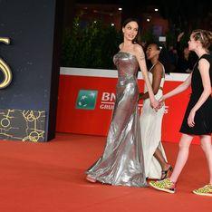 Angelina Jolie e il tenero quadretto di famiglia sul red carpet di Roma