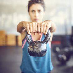 Kettlebells, ces petits poids qui suffisent à métamorphoser ton corps ! (workout)