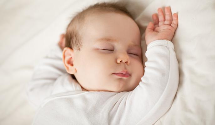 Come mettere a dormire il neonato: l'importanza della ...