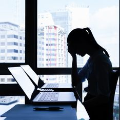 Stress da lavoro correlato: cos'è, quali sono i sintomi e cosa fare per fronteggiarlo