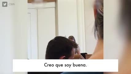 De Disney Una En Channel Pareja Lesbianas Madres UzSVMqp